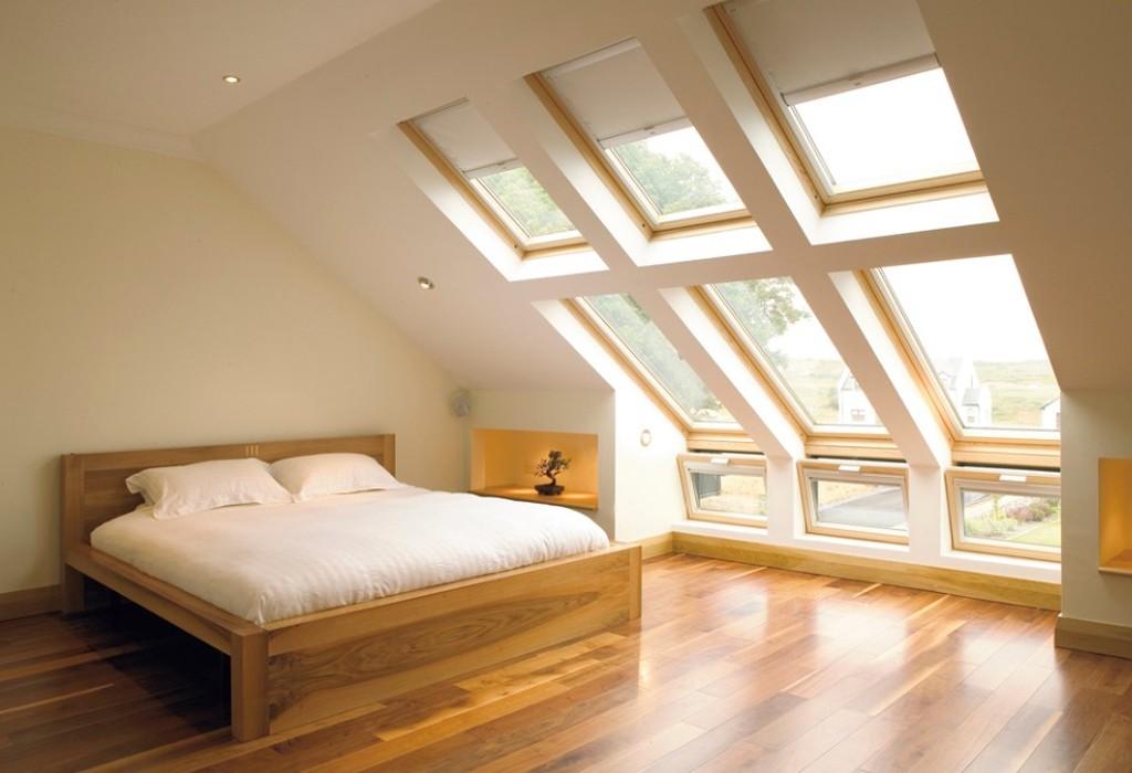 Amazing bedroom in the attic
